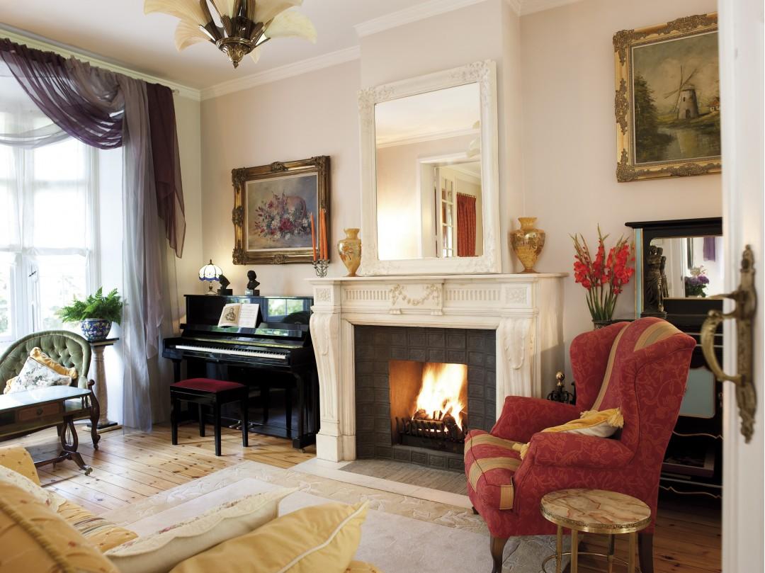 chemin e en marbre. Black Bedroom Furniture Sets. Home Design Ideas
